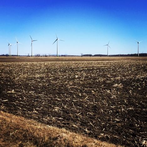 3 cabanes - éoliennes